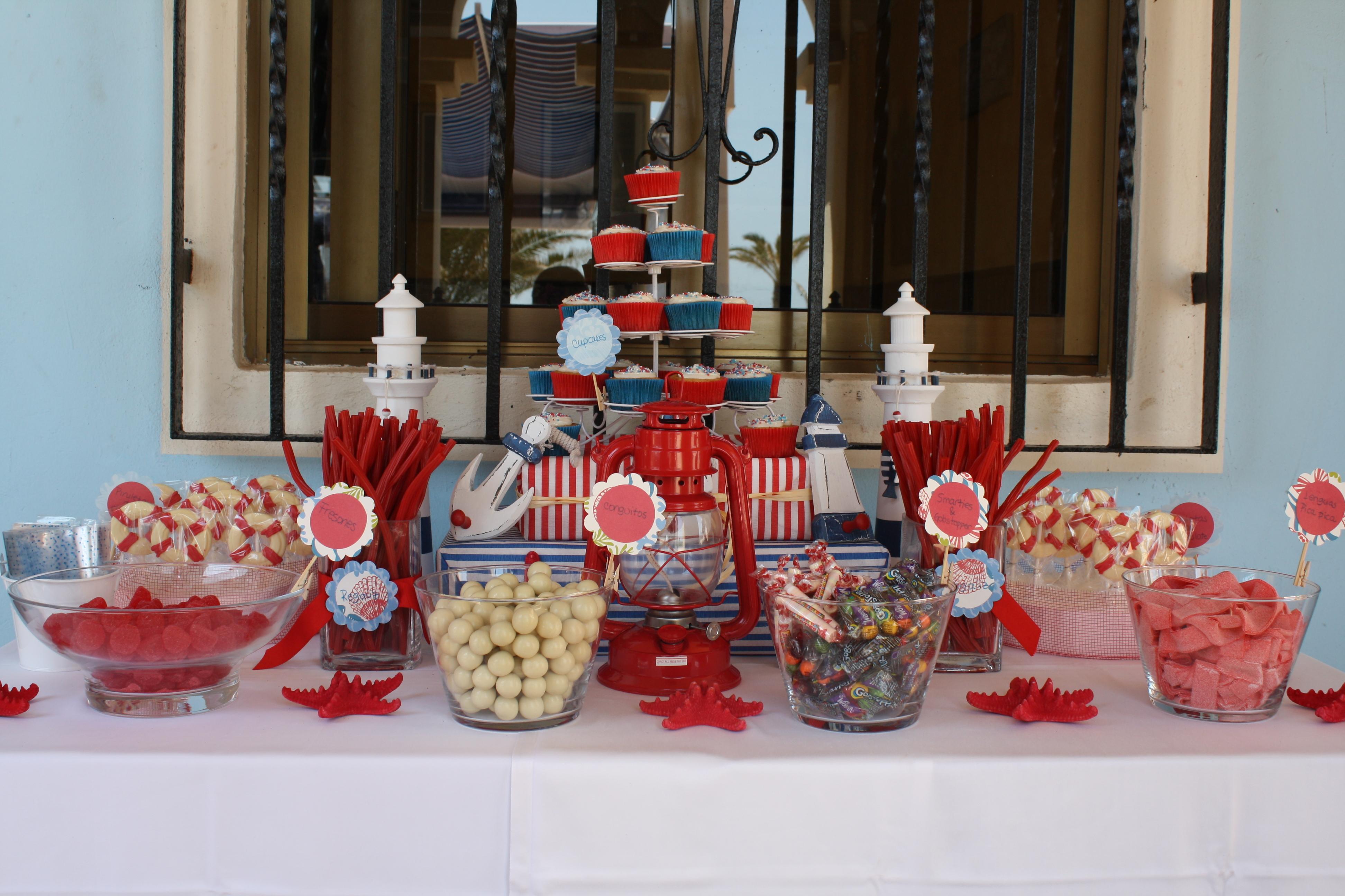 Mesa de dulces para fiestas imagui for Mesa dulce marinera